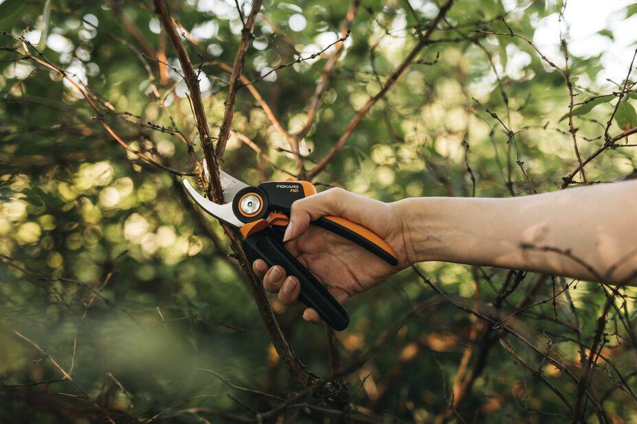 Sekatör PGX P921 Fiskars, Längd 27.5 cm, Orange