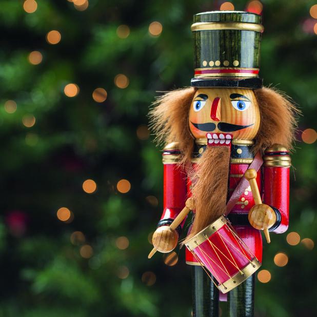 Julservetter Nötknäppare, Ø33 cm, Flerfärgad