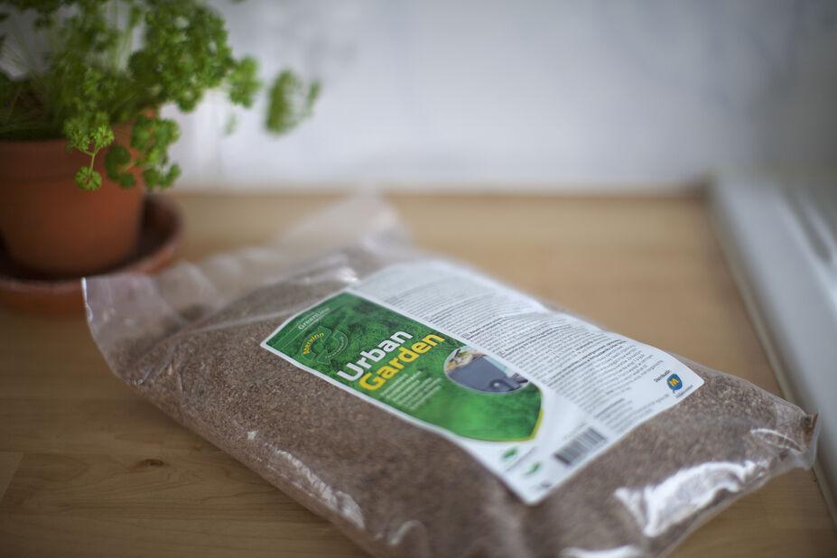 Urban Garden Kompostströ, 1 kg, Flerfärgad