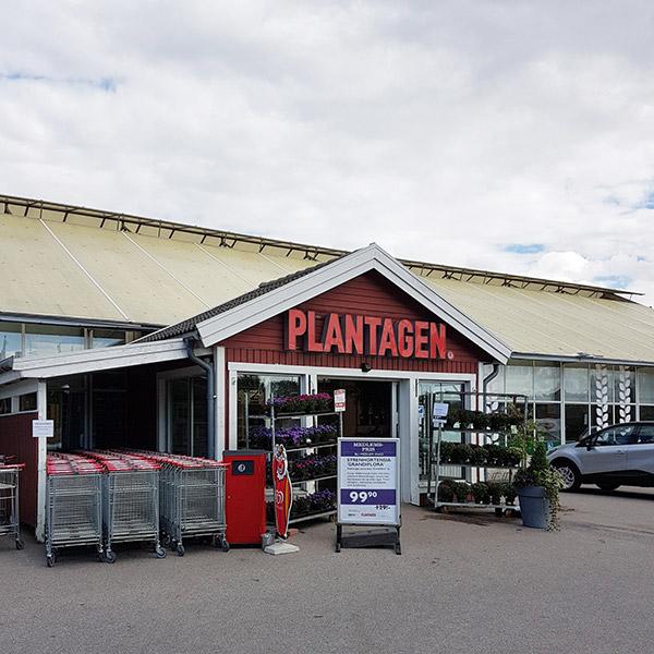 plantagen motala öppettider